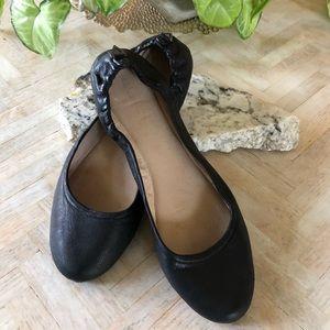 Gianni Bini Black Leather Cushioned Ballet Flat